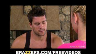 Busty blonde big-booty babe Jessie Rogers fucks her masseur